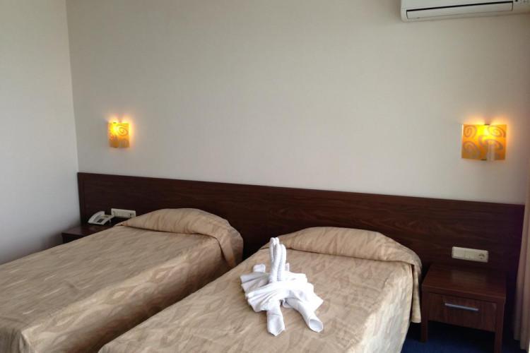 glarus-hotel-sunny-beach_69717_2.jpg