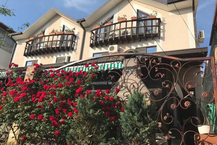 hotel-nord-cm-5a6eaf0ddbc74fdc.jpeg