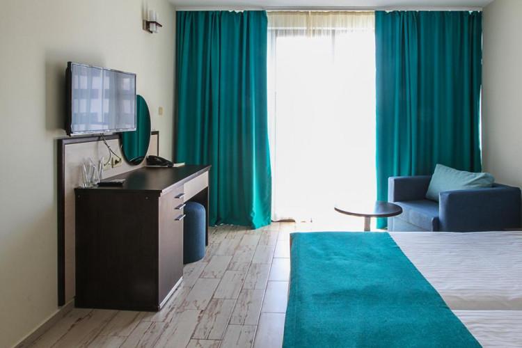 meridian-hotel_68917_31.jpg