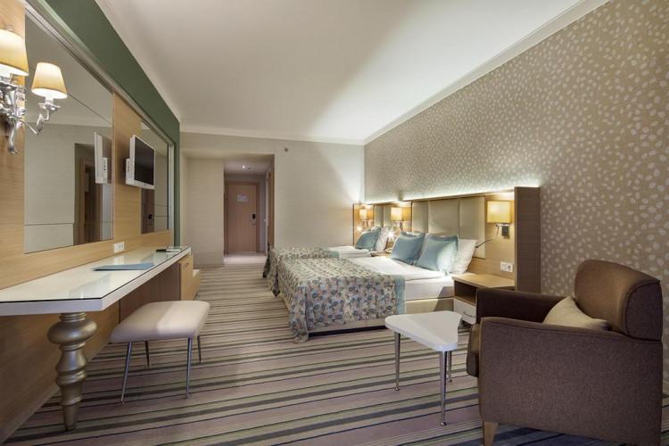 royal-garden-beach-ex-royal-select-suite-hotel_67097_210945681.jpg